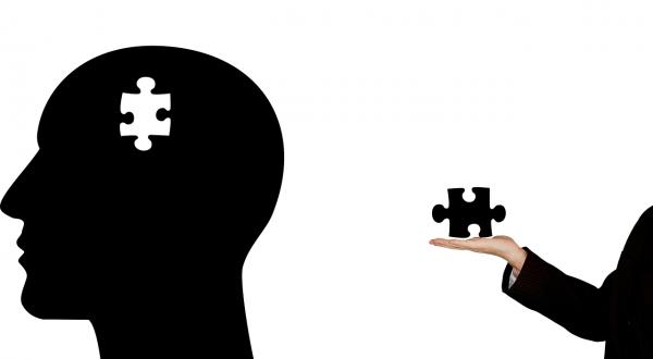 Psychothérapeute, psychologue et psychiatre